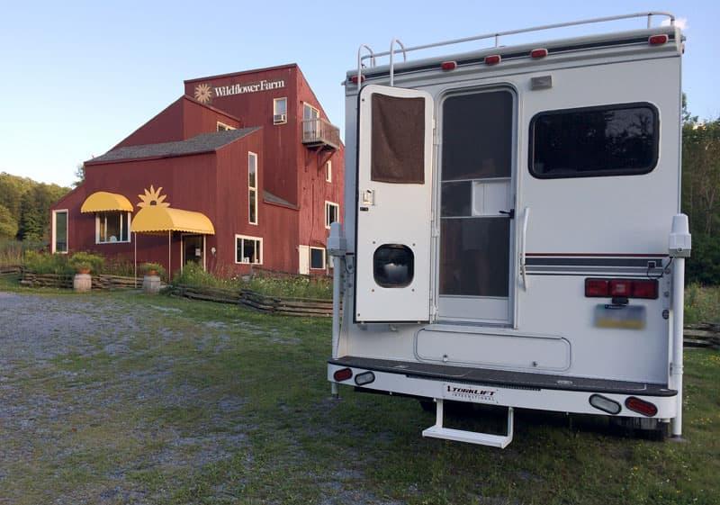Torklift bumper to enter camper