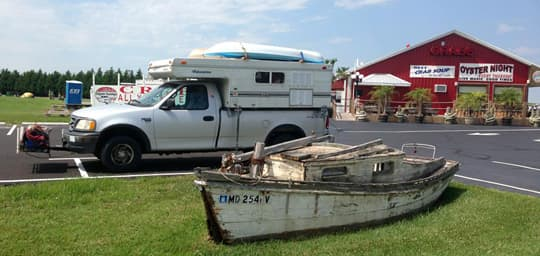 Palomino-pop-up-beach-camper-oyster-shop