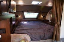 Palomino HS-2901 non-slide camper interior