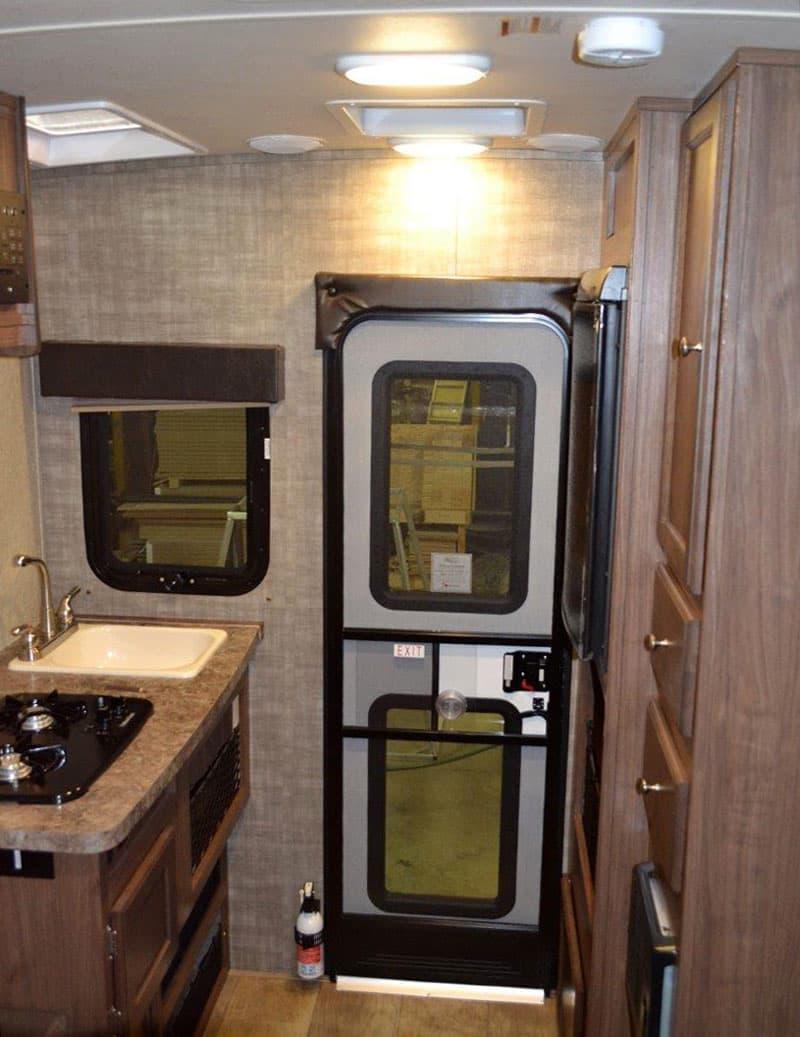 Palomino-HS-650-kitchen-storage