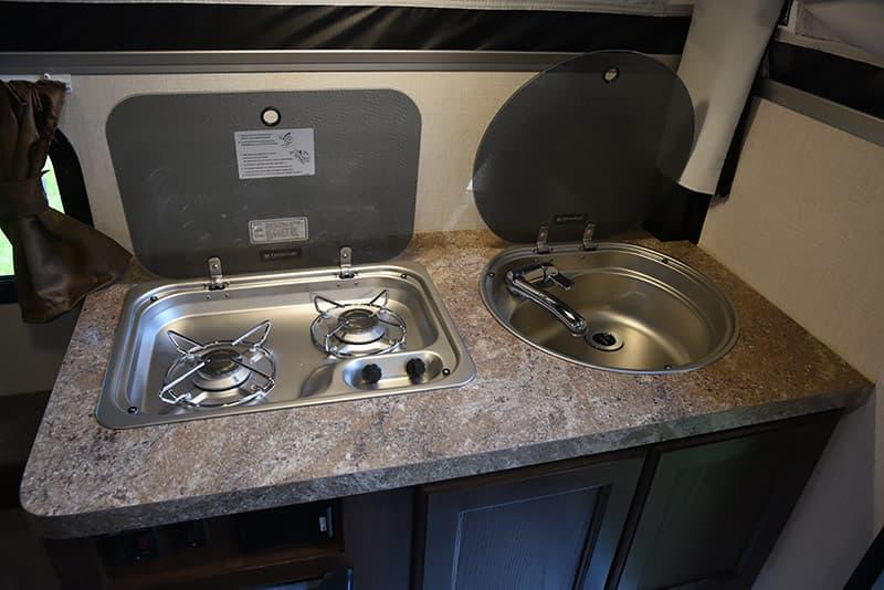 European kitchen appliances in the Palomino SS-500