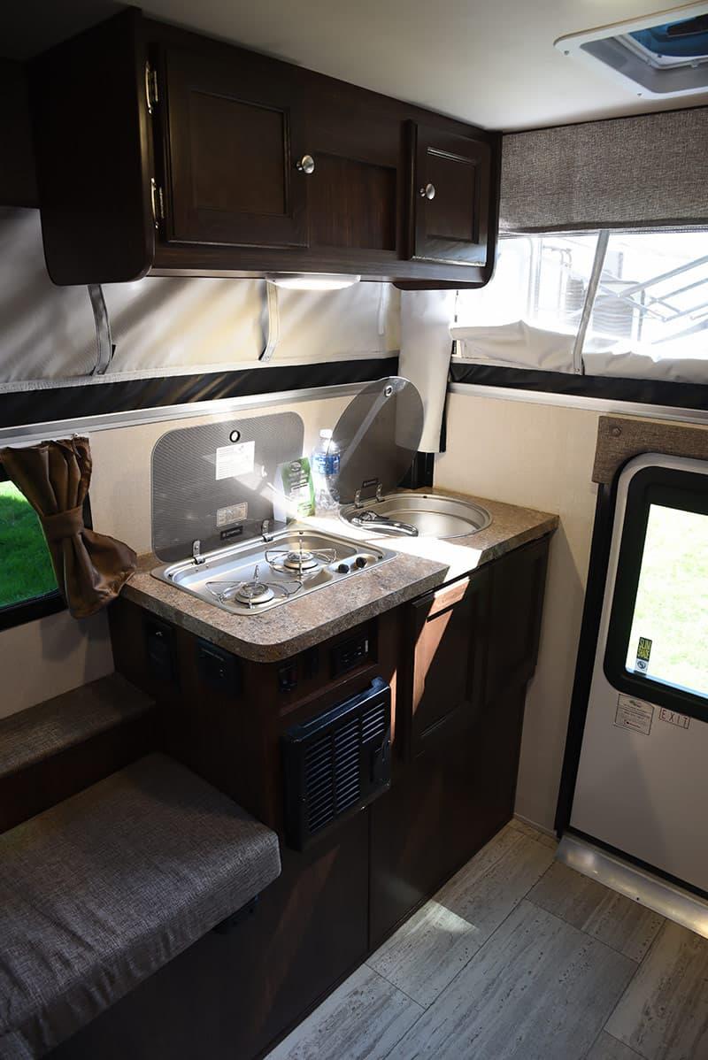 Palomino SS-500 kitchen