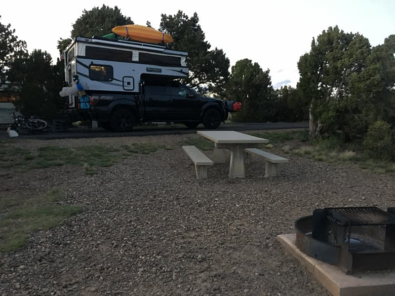 Palomino SS550 Camping And Relaxing