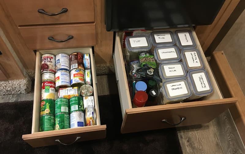 Food storage drawer