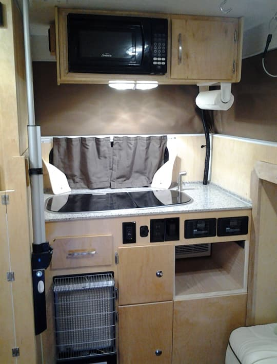 Flatbed-Slide-Out-Popup-kitchen-2