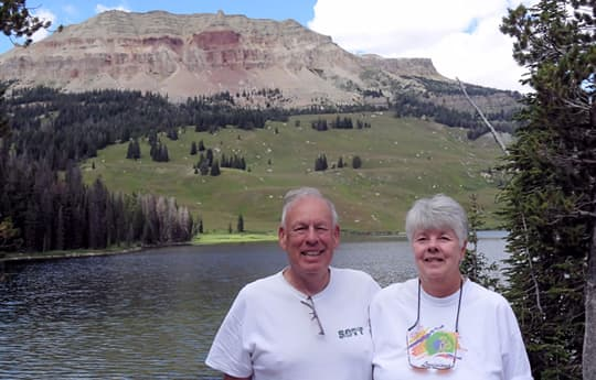 Wyoming-Beartooth-Lake-mary-jim