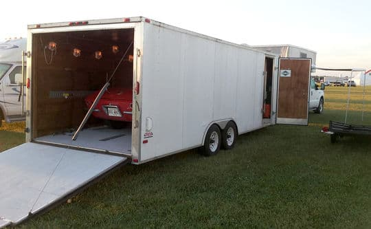 corvette-harley-Corvette-Funfest-car-inside-trailer