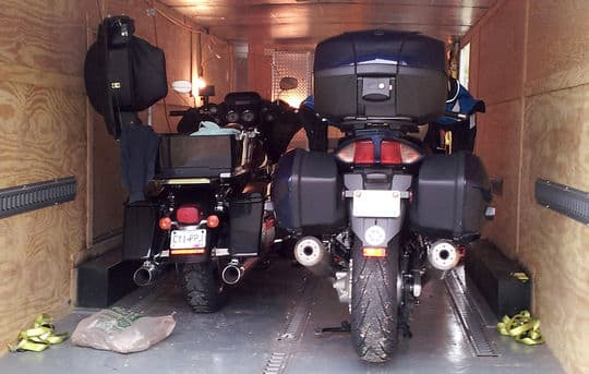 corvette-harley-closed-trailer-motorcycles