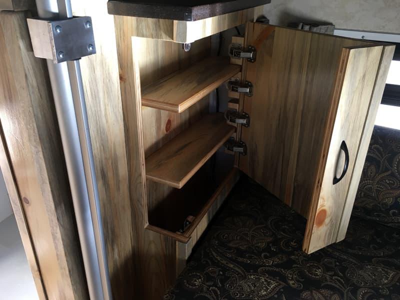Phoenix Mini Max unique cabinet
