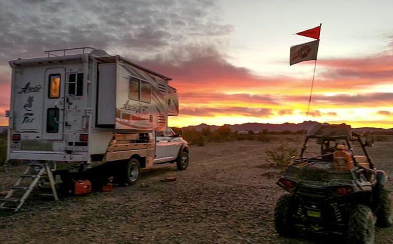 Quartzsite Camping Arctic Fox camper