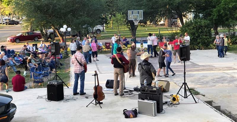 Texas Rally band and dancing