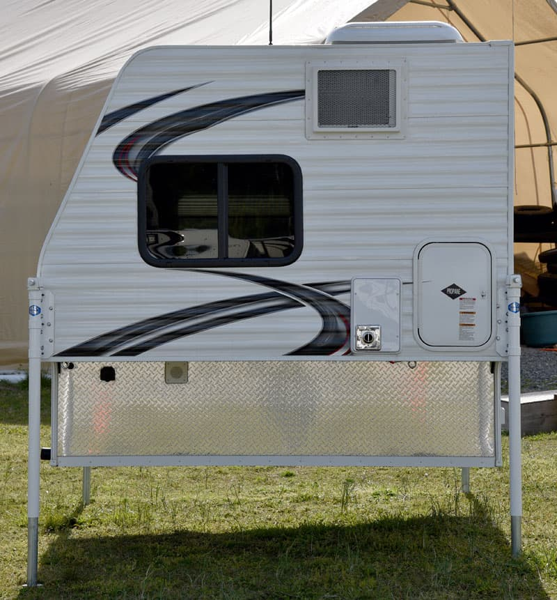 """Rayzr FB Camper is 7'3"""" in length"""