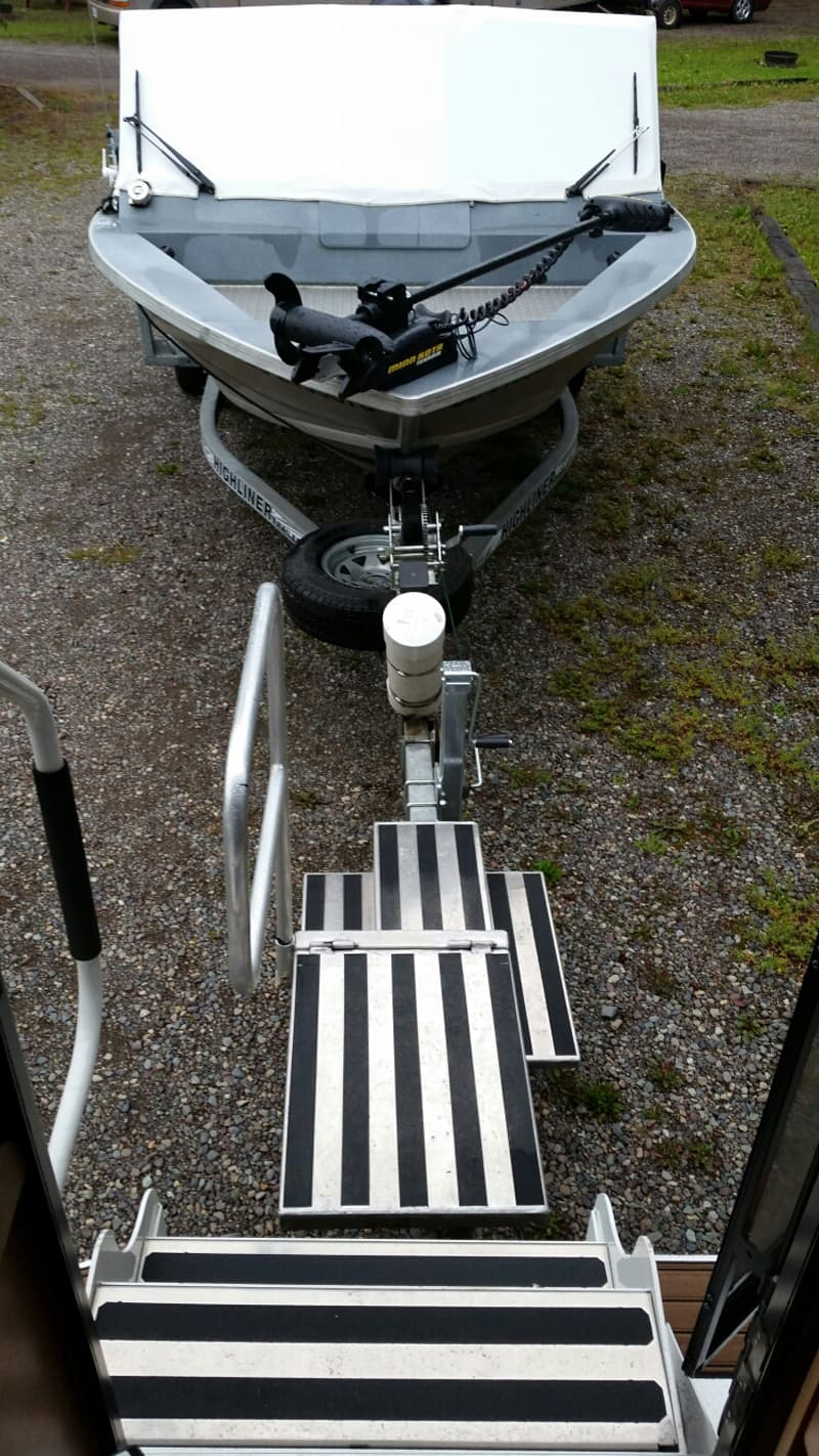 Rear Hitch Tow System With Boat