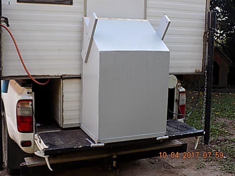 Rear Lockable Storage Steps block entrance