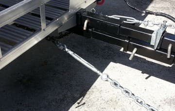 Rear-ramp-hitch-attached