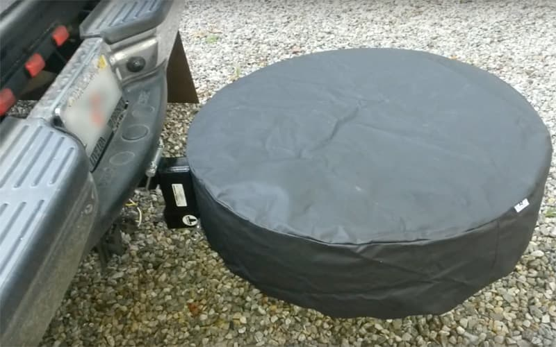 Rear spare tire without camper
