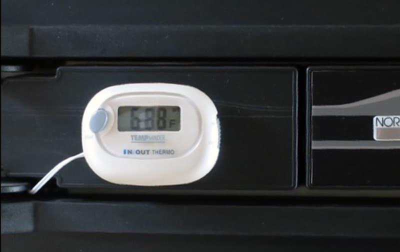 Refrigerator Temperature Gauge