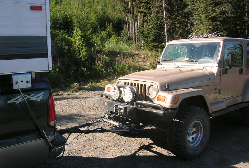 Roadmaster tow bar with Jeep and Alaskan Camper
