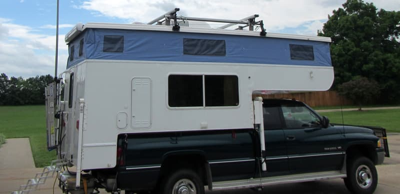 Running boards Outfitter Camper