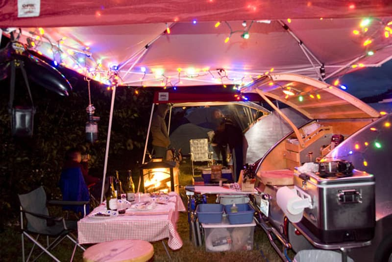 Tent over cooking area