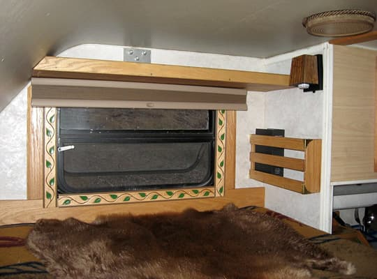 camper-interior-cabover-window