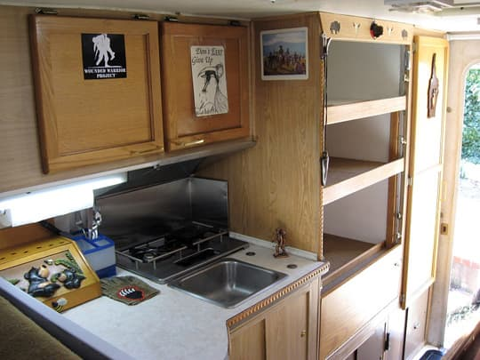 camper-interior-kitchen