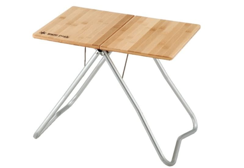 Snow peak table