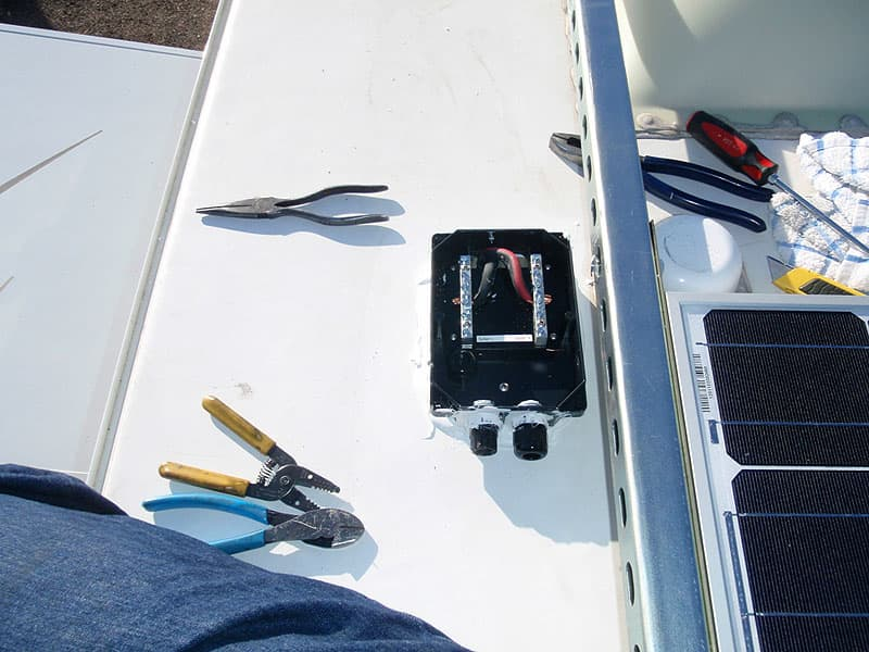 Combiner Box installation onto roof of truck camper
