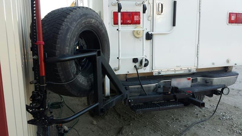 Spare-tire-holder