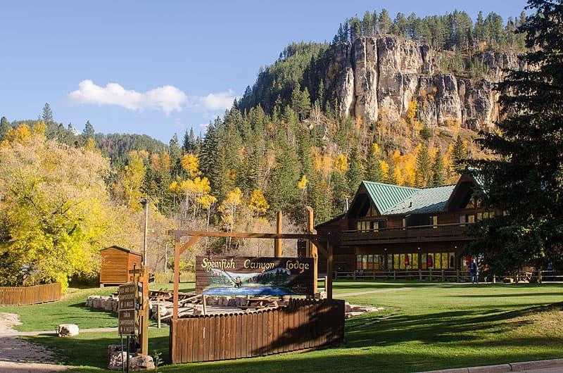 Spearfish Canyon Lodge, Montana