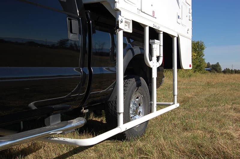 Stable Lift loading truck camper