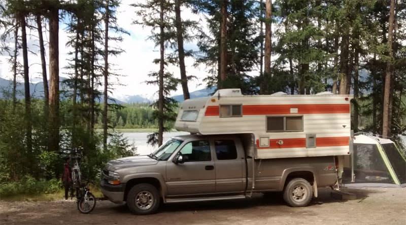 Suzanne Lake free camping