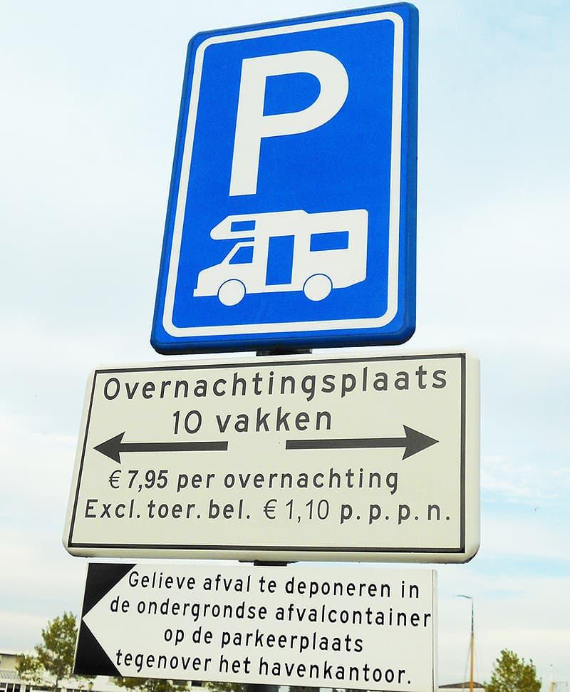 Overnachtingsplaats Euro 7,95 sign