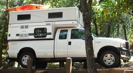 kayaks-four-wheel-camper-roof