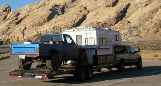 towed-camper-truck-crawley
