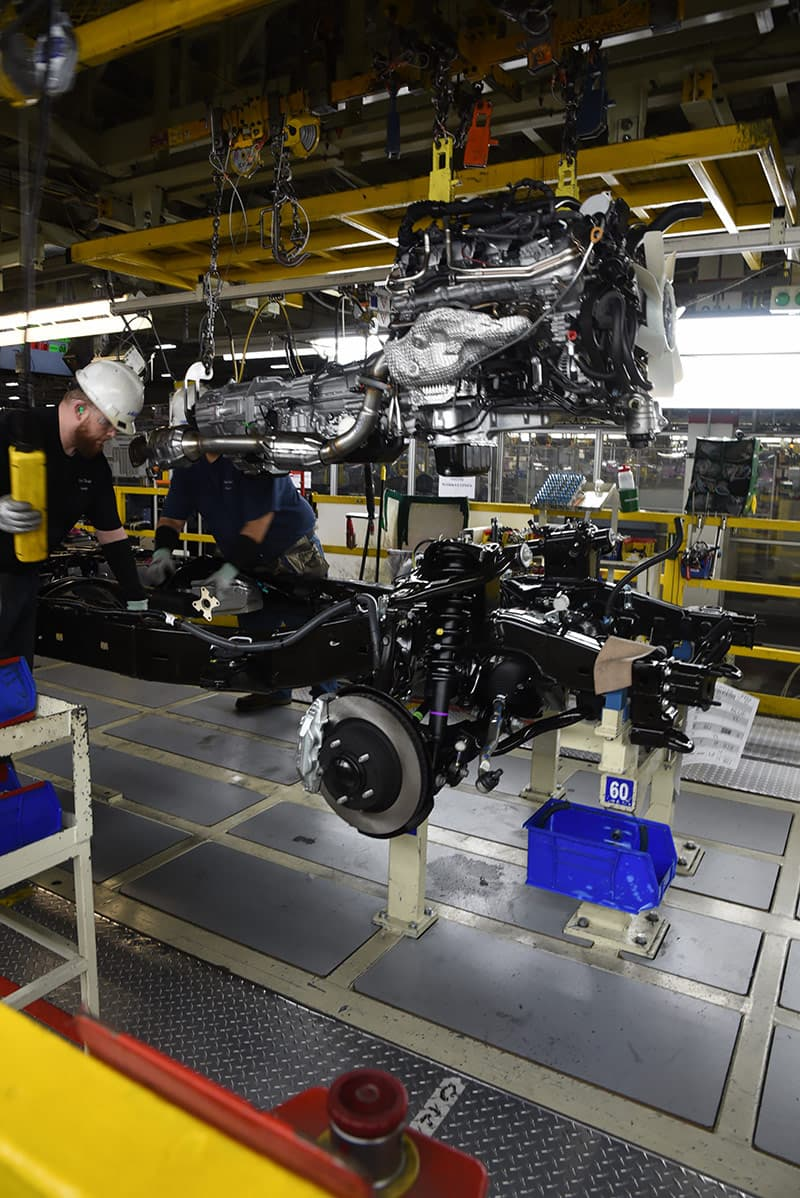 Toyota truck engine and transmission assemblies
