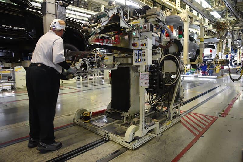 Wheel tightening robot at Toyota