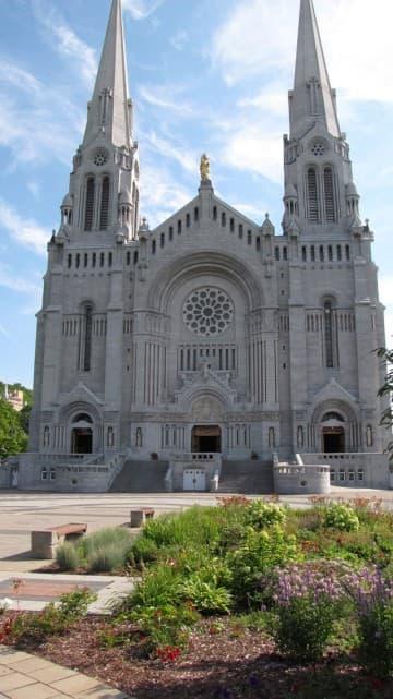 Sainte-Anne-de-Beaupre Church