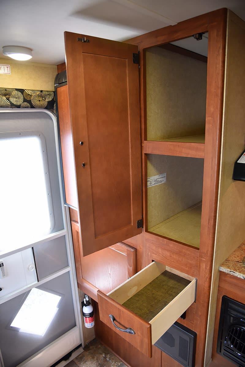 Travel Lite 625 kitchen cabinets