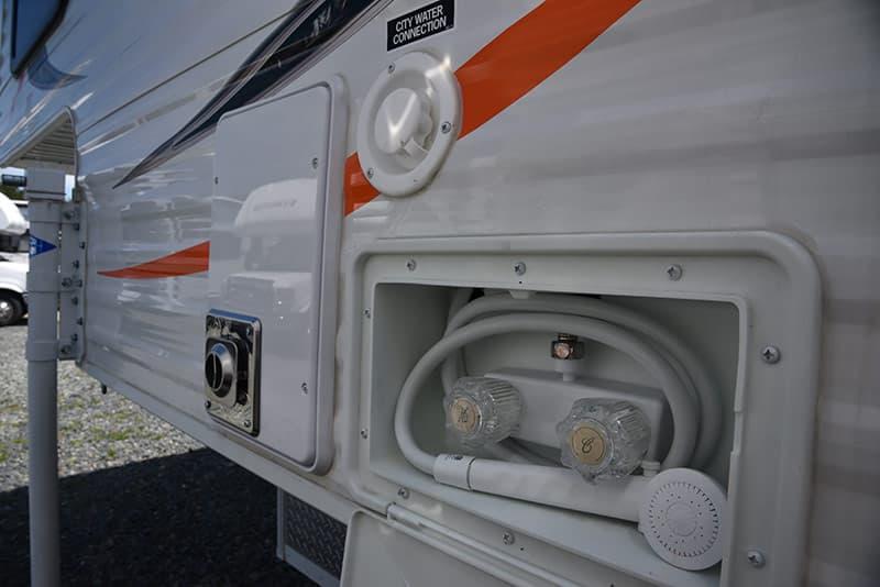 Travel Lite 625 outside shower