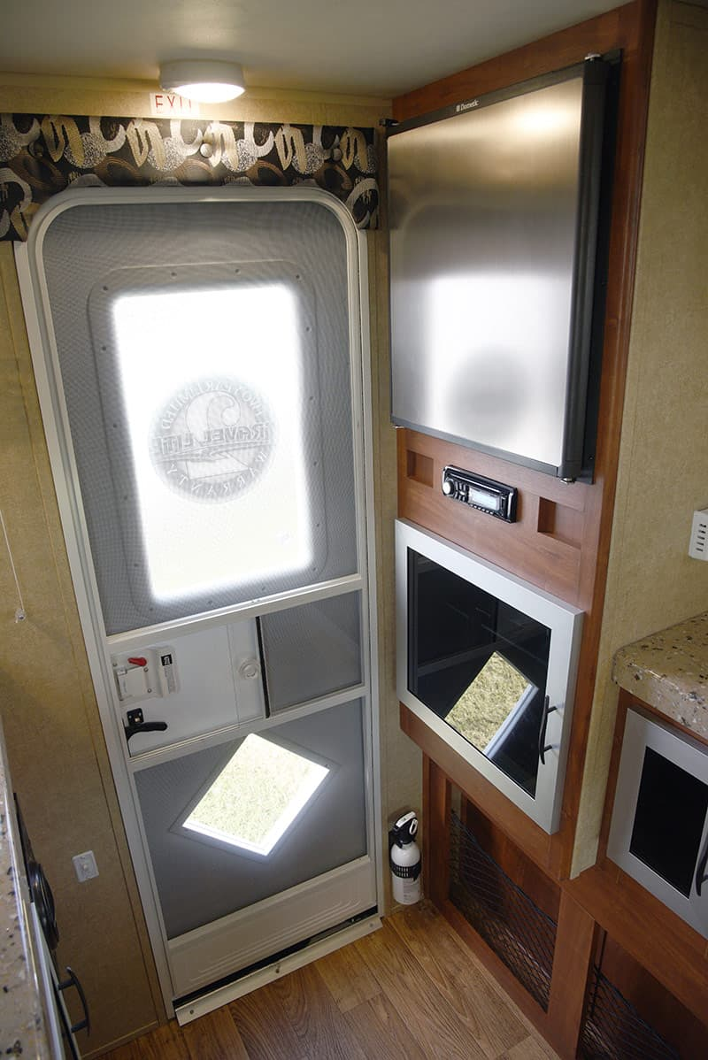 Travel Lite Air refrigerator