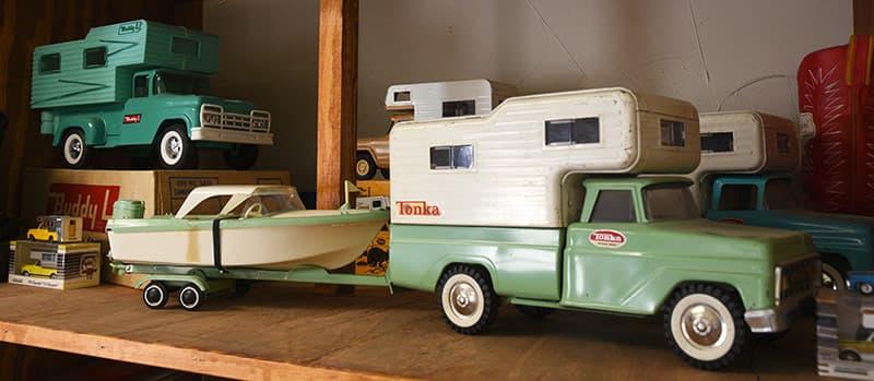 Tonka truck camper toy
