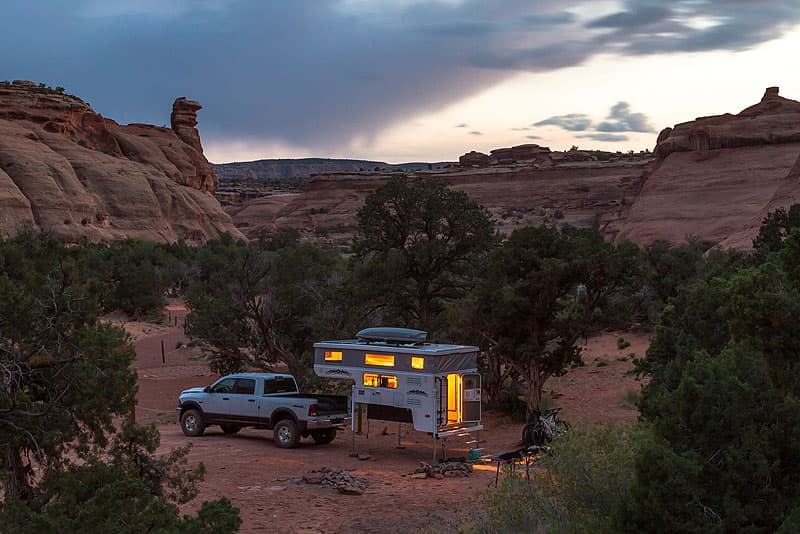 Hallmark camper off the truck