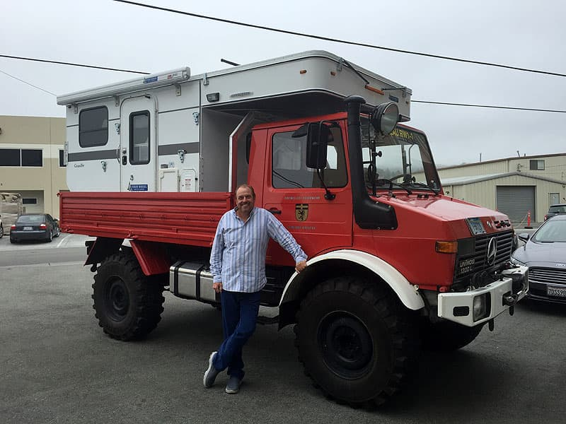 Unimog flatbed Four Wheel truck camper