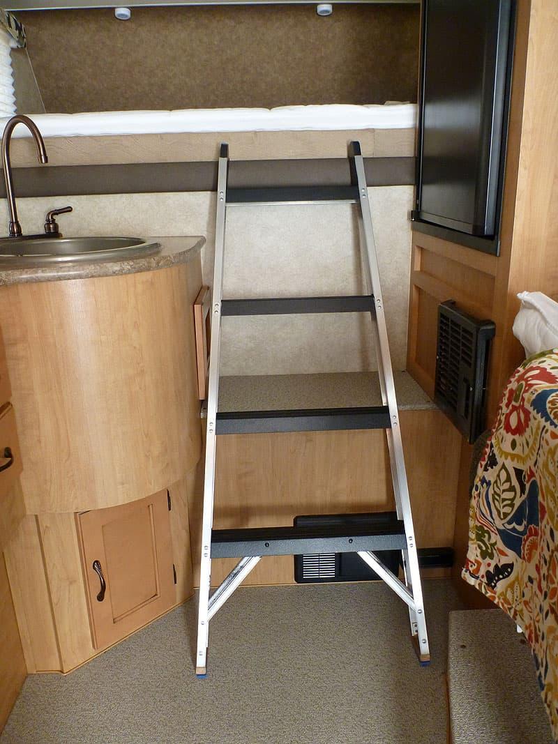 Step Ladder Adventurer 80RB