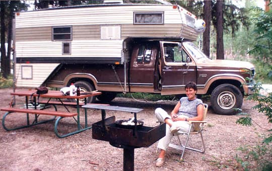 vintage-camper-johnson-2