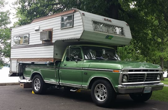 vintage-camper-loveless
