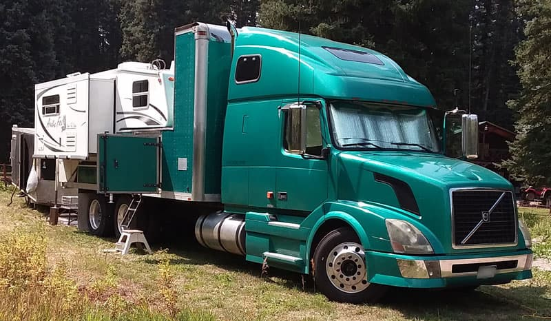 Volvo 670 Conversion Truck