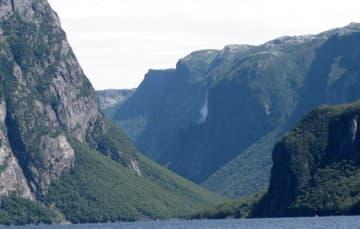 Westernbrook Pond a landlocked fjord boat trip