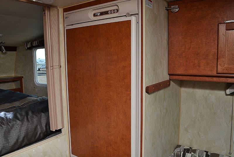 Wolf Creek 850 refrigerator